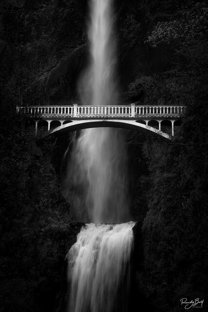 black and white image of Multnomah Falls in the Columbia Gorge, Oregon