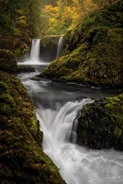 spirit falls in October in the Columbia Gorge Washington