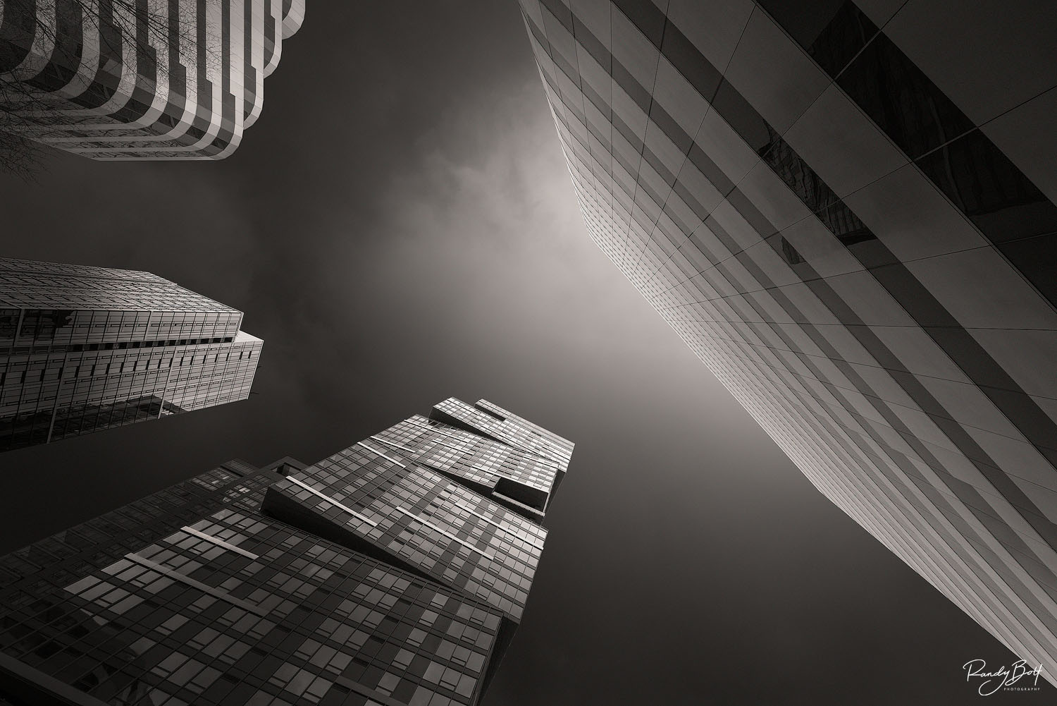 black and white architecture of the twisted building in Seattle