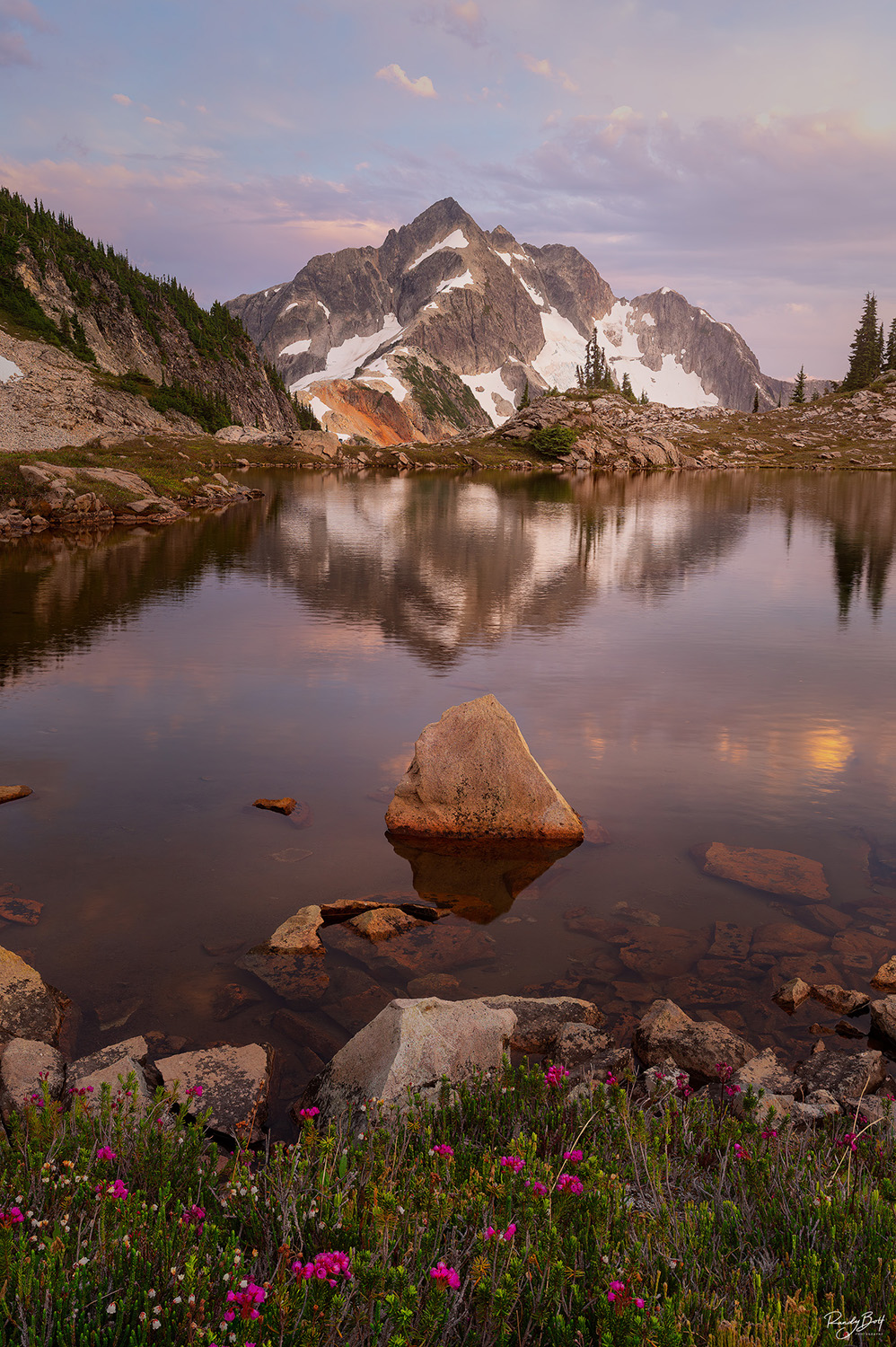 sunset with mount what com in the north Cascades national park